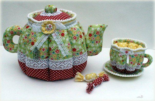 Куклы и грелки на чайник своими руками