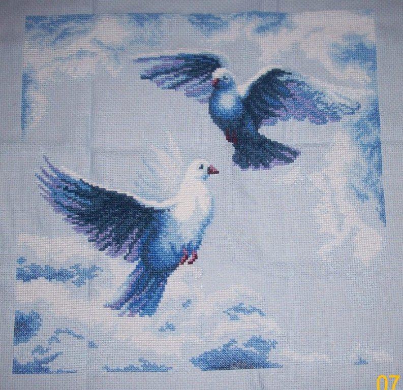 Голуби для вышивки 48