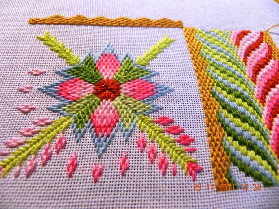 Вышивка с нитками ирис