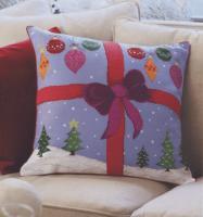 """Подушка """"Подарок"""""""